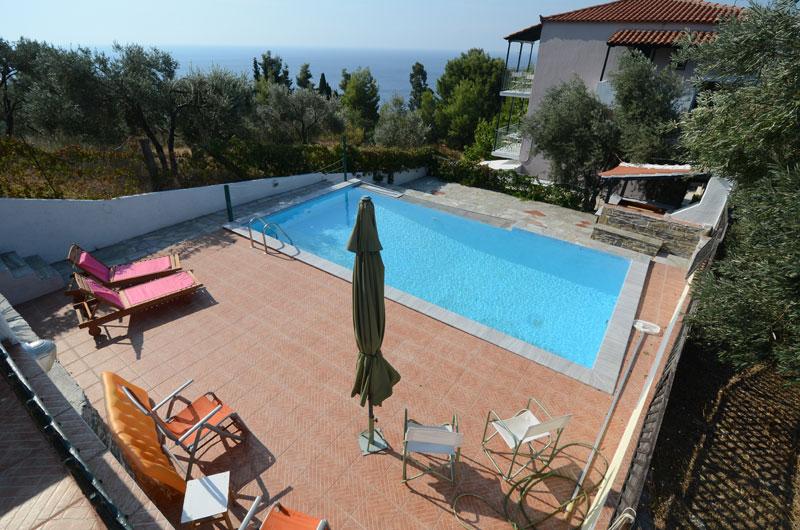 Pelagos swimming pool